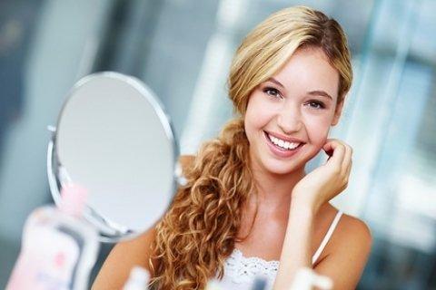 Limpieza bucal, pulido dental, revisión con opción a 1 blanquemiento LED desde 12,95...